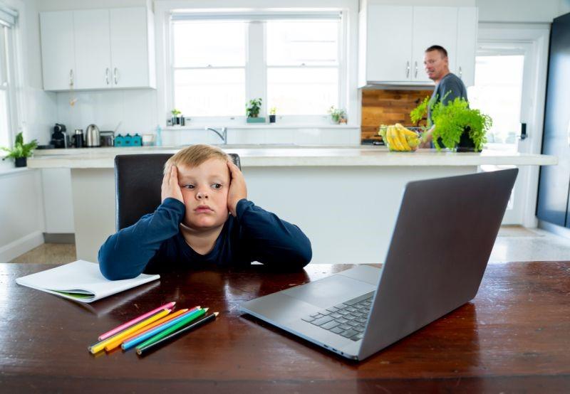 چگونه کودکانمان را برای سال تحصیلی متفاوتی که در پیش دارند، آماده کنیم؟