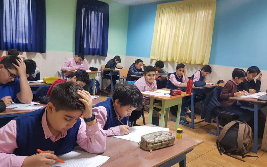 آشنایی با بهترین مدارس تهران سلام دوره دوم