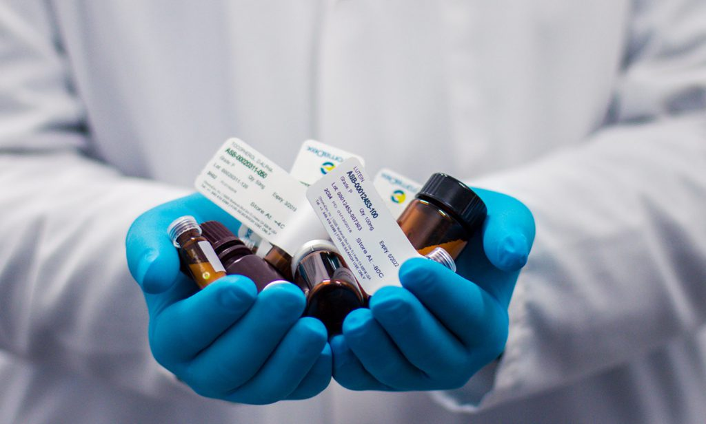 چطور میتوانیم در رشته داروسازی پذیرفته شویم؟